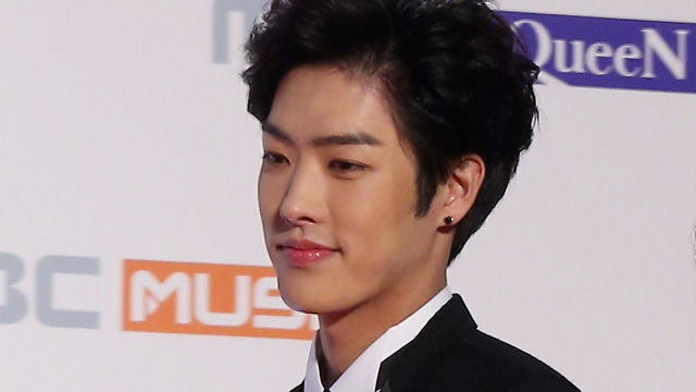 CROSS GENE\'s agency announced that Takuya\'s contract ended on December 10.