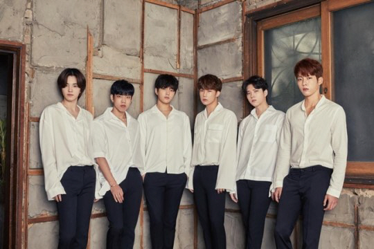 INFINITE will return as a whole group in February. The new song \'Clock\' was unveiled at last year\'s fan meeting.