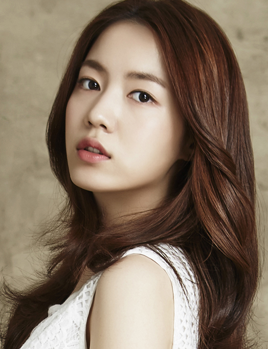 Ryu Hwayoung in talks to appear in new KBS drama 'Mad Dog